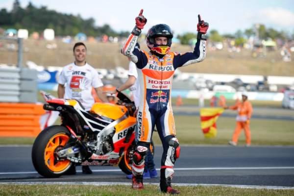 MotoGP » MotoGP Japan: Marquez crowned world champion at Motegi