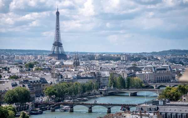 Paris city motorcycle restrictions