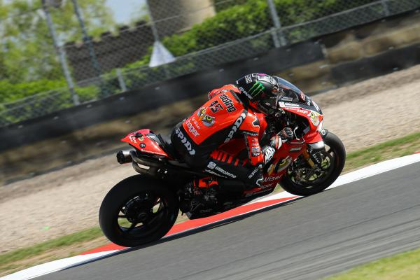Scott Redding powers to Thruxton BSB pole at first attempt