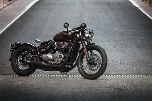 Motorbikes are awesome: Triumph Bonneville Bobber