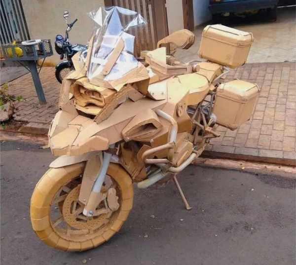 bmw r 1250 gs adventure cardboard replica