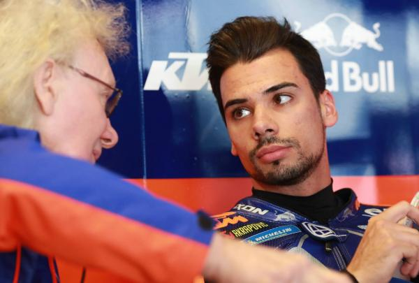 KTM extends Oliveira contract