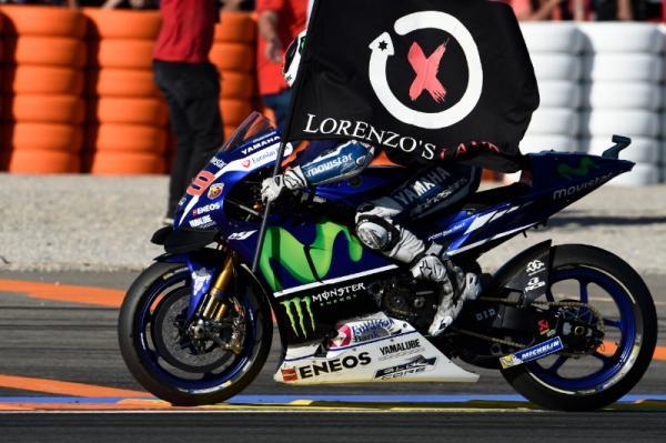 Lorenzo ends 2016 on top in Yamaha farewell