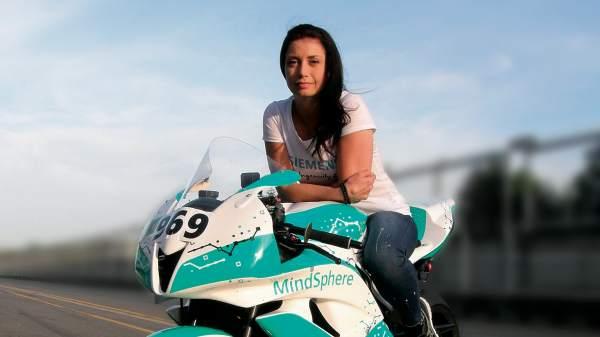 mindsphere-motorbike-petra-fuchsikova