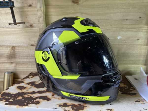 Arai Quantic sports touring motorcycle helmet review