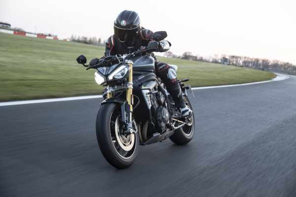 speed triple 2021 Visordown review