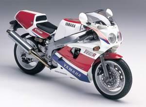Yamaha FZR 750R OW-01