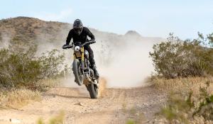 Triumph Scrambler 1200 Baja 1000