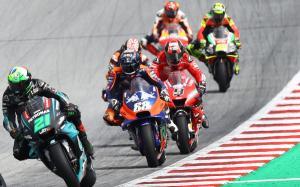 MotoGP start [1200]