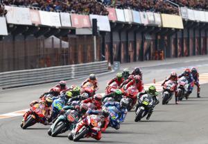 Valencia MotoGP start