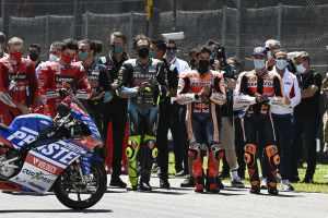 Riders in minute's silencer - MotoGP, Dupasquier.jpg