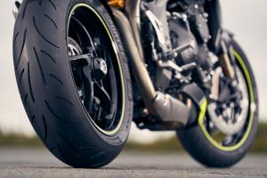 sportec-m9-rr-triumph-speed-triple-rs
