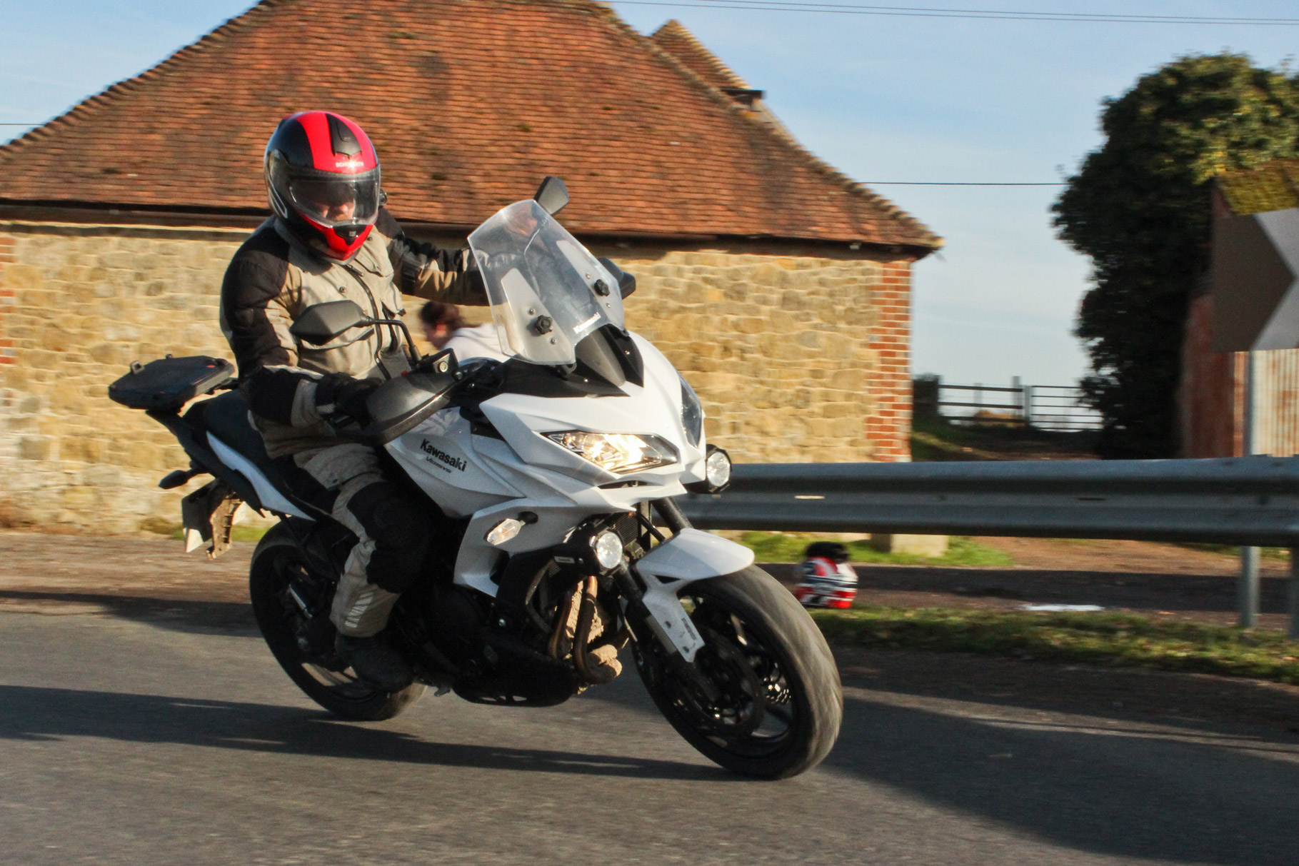 Back To Back Test Yamaha Tracer 700 Vs Kawasaki Versys Visordown